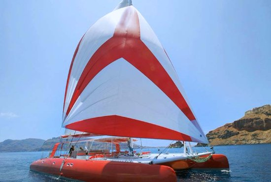 Charterminute : Catamaran for 12+ guests for day charter near St-Tropez and Cannes