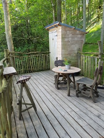 Machynlleth, UK: Decking Area
