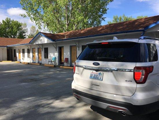 Sunrise Motor Inn: photo1.jpg