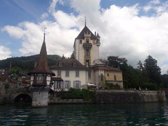 Thun, Suiza: A foto não está la em sua melhor qualidade mas é só para vocês terem um pouco de ideia da vista.