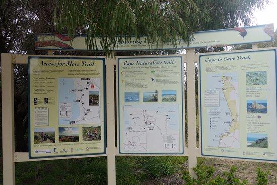 Cape Naturaliste, Australia: Explanation of the trails near the tourist center