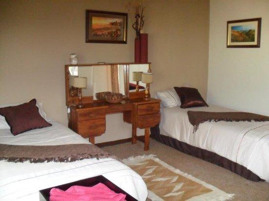 Gweru, Zimbabwe: Twin Bedroom