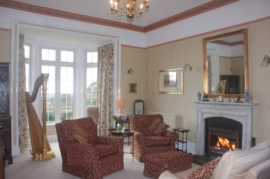 Bratton Fleming, UK: Drawing Room