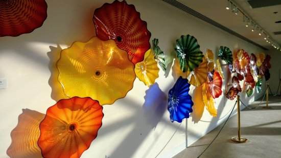 Spencer Theater for the Performing Arts : Chuilly glass art