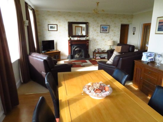 Tayinloan, UK: The dinning room of B&B