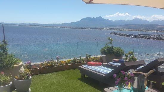 Gordon's Bay, South Africa: Beachside Cottage roof garden - like a yacht deck!