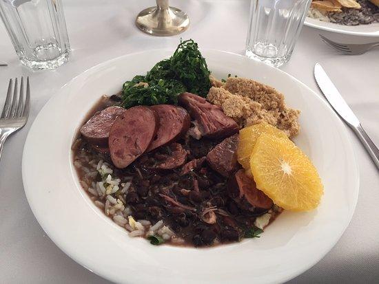Hotel Fazenda 3 Pinheiros : feijoada almoço de sábado