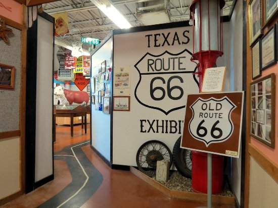 McLean, Τέξας: Entrance to Route 66 museum
