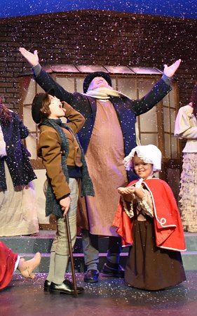 "ДеЛанд, Флорида: ""A Christmas Carol"" December 2017"