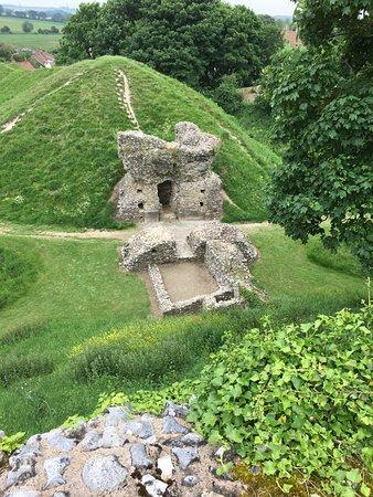 Castle Acre Village Picture Of Castle Acre Castle Castle Acre