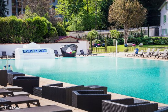 Hotel lyon metropole updated 2017 prices reviews for Pool show lyon france