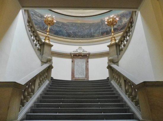 Muzeum Prahy: scalinata del museo