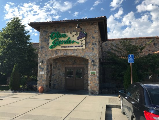 host station to go pick up picture of olive garden ankeny tripadvisor