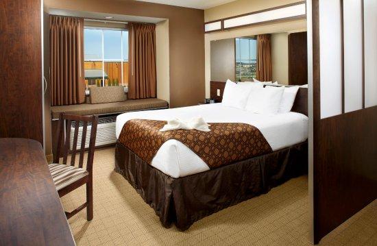 Microtel Inn & Suites by Wyndham Triadelphia/wheeling