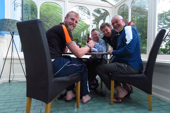 Carradale, UK: 4 times walkers in the Conservatory