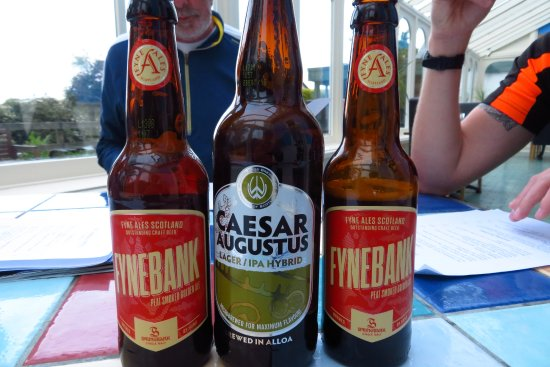 Carradale, UK: Fynebank beer very expensive