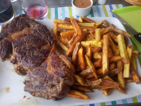 Villeneuve Les Montreal, Prancis: Entrecote 500grams with homemade fries