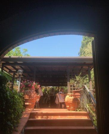 Montespertoli, İtalya: Apertura Giardino.