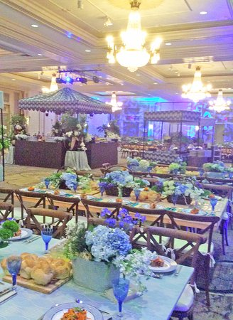 Woodcliff Lake, NJ: Wedding Dinner