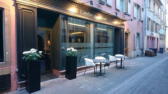 devanture photo de l 39 atelier du peintre colmar. Black Bedroom Furniture Sets. Home Design Ideas
