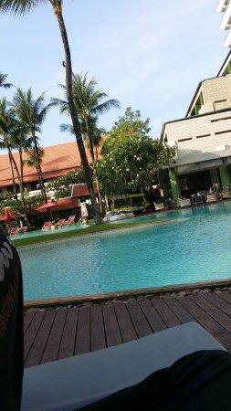 Patong Beach Hotel: IMG-20170322-WA0026_large.jpg