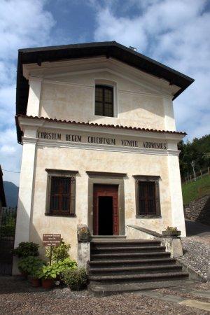 Solto Collina, Italy: Oratorio del Crocefisso