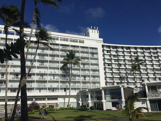 rainbows over mauna kea picture of grand naniloa hotel. Black Bedroom Furniture Sets. Home Design Ideas