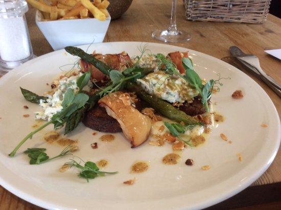 Attleborough, UK: Belly pork rissoles , celeriac remoulade, pea shoots, asparagus and appple