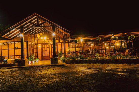 Hotel de Montaña y Restaurante Suria: Area Restaurante Bar & Cafe Hotel Suria