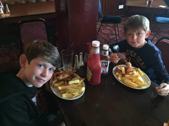 The Harbour Bar: Amazing fish and chips for my boys. Highly recommend.