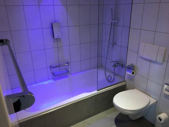 Badewanne Mit Beleuchtung Picture Of Hirschen Dornbirn Tripadvisor