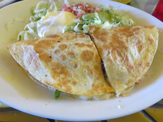 Madisonville, TN: Chicken Quesadilla