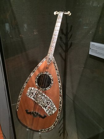 Museum of Greek Popular Musical Instruments: The Beautiful Craftsmanship of Some Instruments
