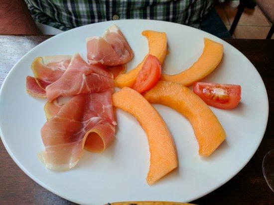 Fantastic charcuterie photo de le 14 juillet paris tripadvisor - Melon jambon cru presentation ...
