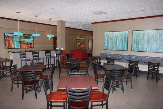 Kirkwood, MO: Sunrise Breakfast Room