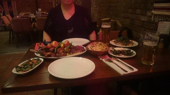 A La Turka: loads of meat and sides