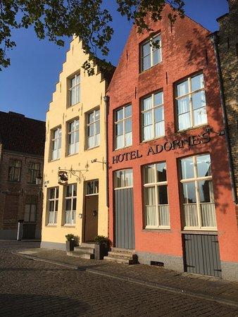 阿多爾尼斯酒店照片