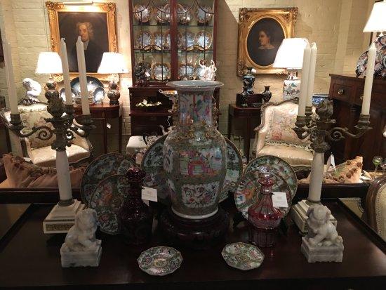 Rivenbark & Roper Antiques