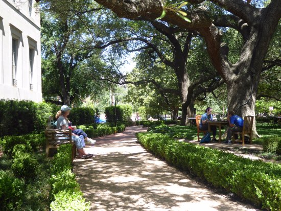 Garden Picture Of Armstrong Browning Library And Museum Waco