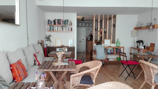 Lisbon Story Guesthouse: Common room