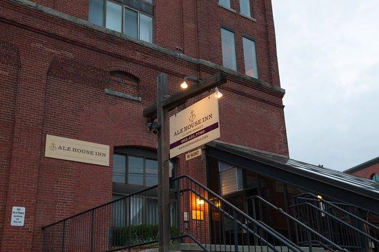 Ale House Inn Image