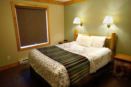 Lutsen, MN: Bedroom - One Bedroom Condo