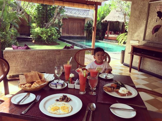 Space at Bali: Good breakfast