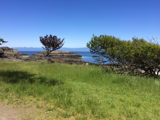 Nanaimo, Canada: Enjoy the view of Salish Sea