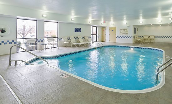 Fairlawn, OH: Indoor swimming pool
