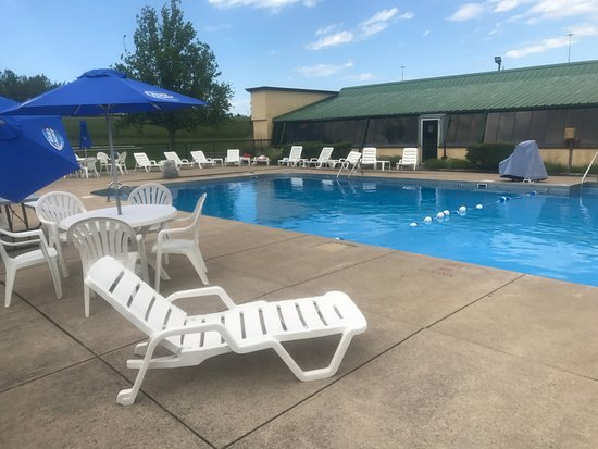 Quality Inn & Suites Conference Center : Pool