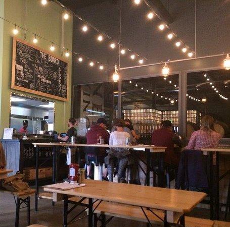 Newington, NH: Tasting Room and Bar