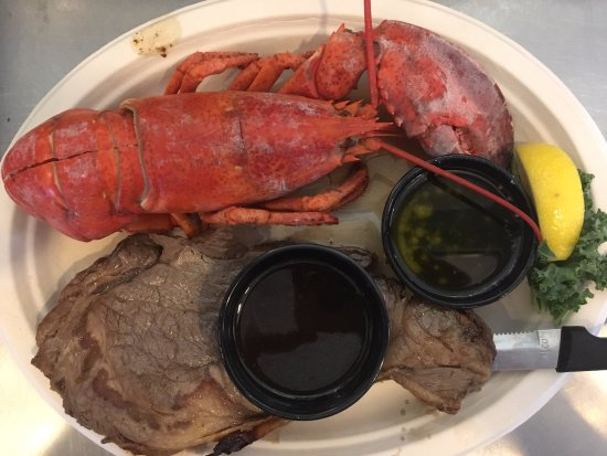 Salty's : Combo, 1 lb lobster and cut of prime rib