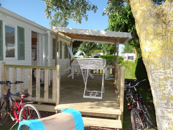 Loix, Frankrike: extérieur mobil home