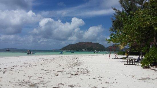 Berjaya Praslin Resort - Seychelles: Anse Volbert